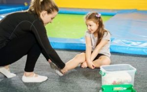 Read more about the article Are trampolines safe? Trampoline Injuries & Safety Rules